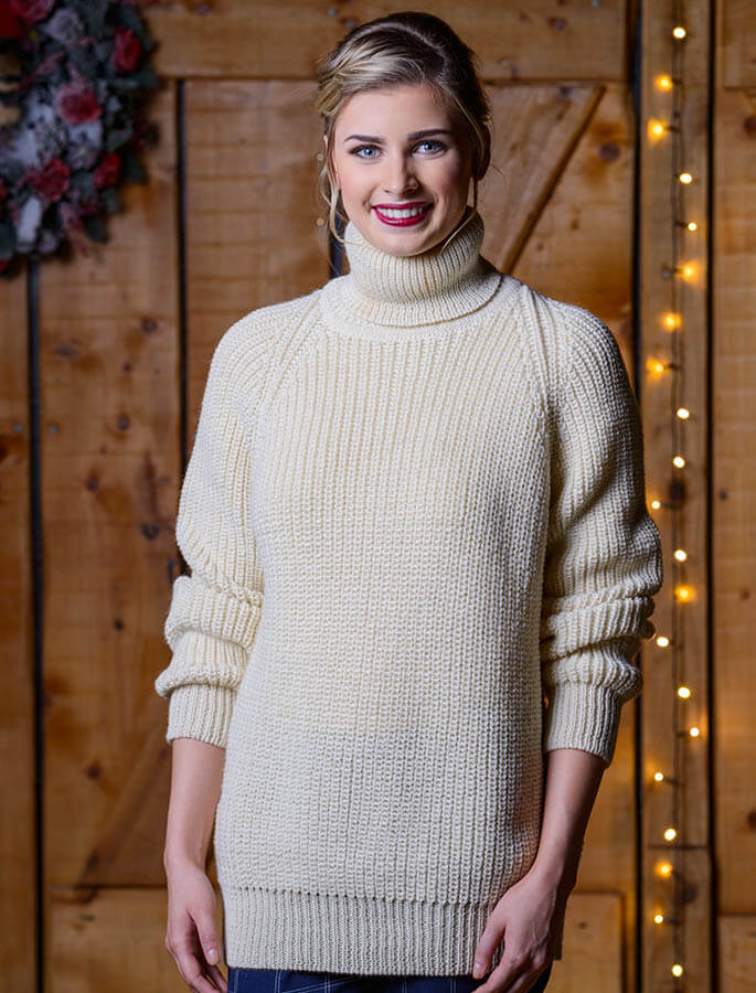 Women's Ribbed Wool Turtleneck Sweater